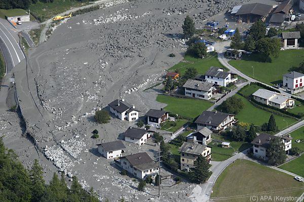 Muren verwüsteten das Dorf Bondo