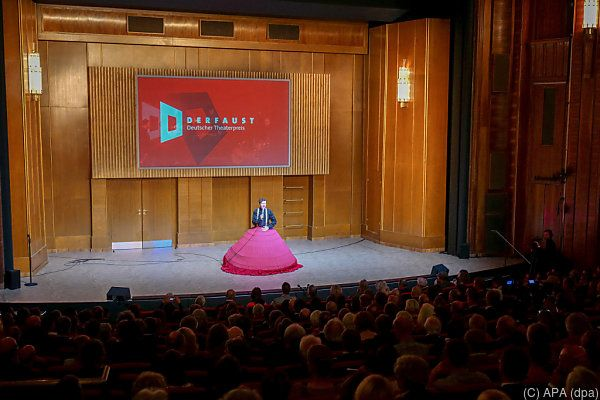 Jelinek erschien wie erwartet nicht zur Verleihung