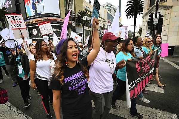 Demonstration gegen sexuelle Belästigung und Missbrauch
