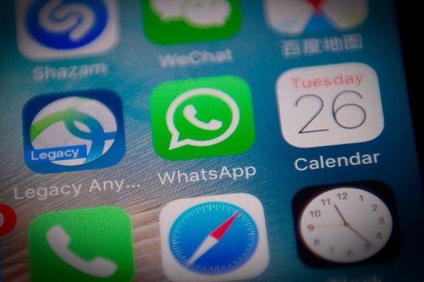Nutzer scherzten online über Wiederauferstehung der SMS