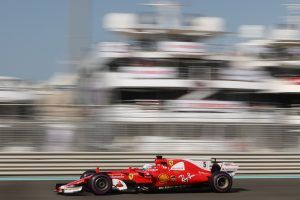 F1 Qualifying in Abu Dhabi: Hamilton im Training vor Ferrari