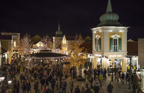 Beim Christmas Late Night Shopping in Parndorf gab es jede Menge Andrang