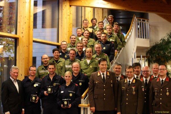 23 Feurwehrleute haben erfolgreich die Feuerwehr Matura abgelegt.