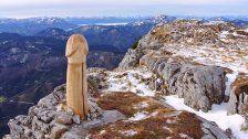 Ötscher: Holzpenis auf knapp 1893 Metern