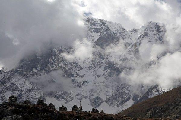 Bergsteigerlegende Nairz wegen SMS am Himalaja in Gewahrsam