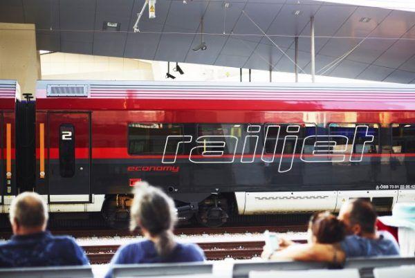 """Neue Bahnverbindung Wien-Venedig """"Spirit of Venezia"""" wurde eingeweiht"""