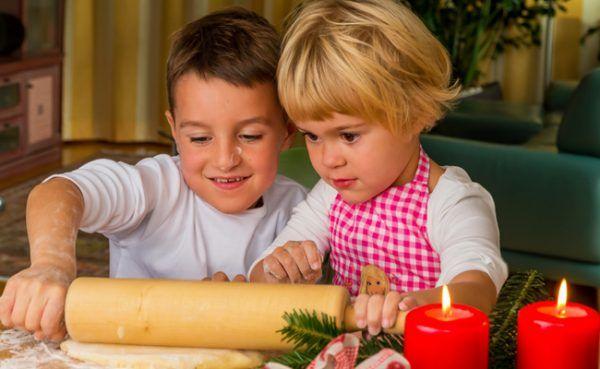 Das Adventprogramm im Tiergarten bietet Kekserlbacken & Kinderführungen.