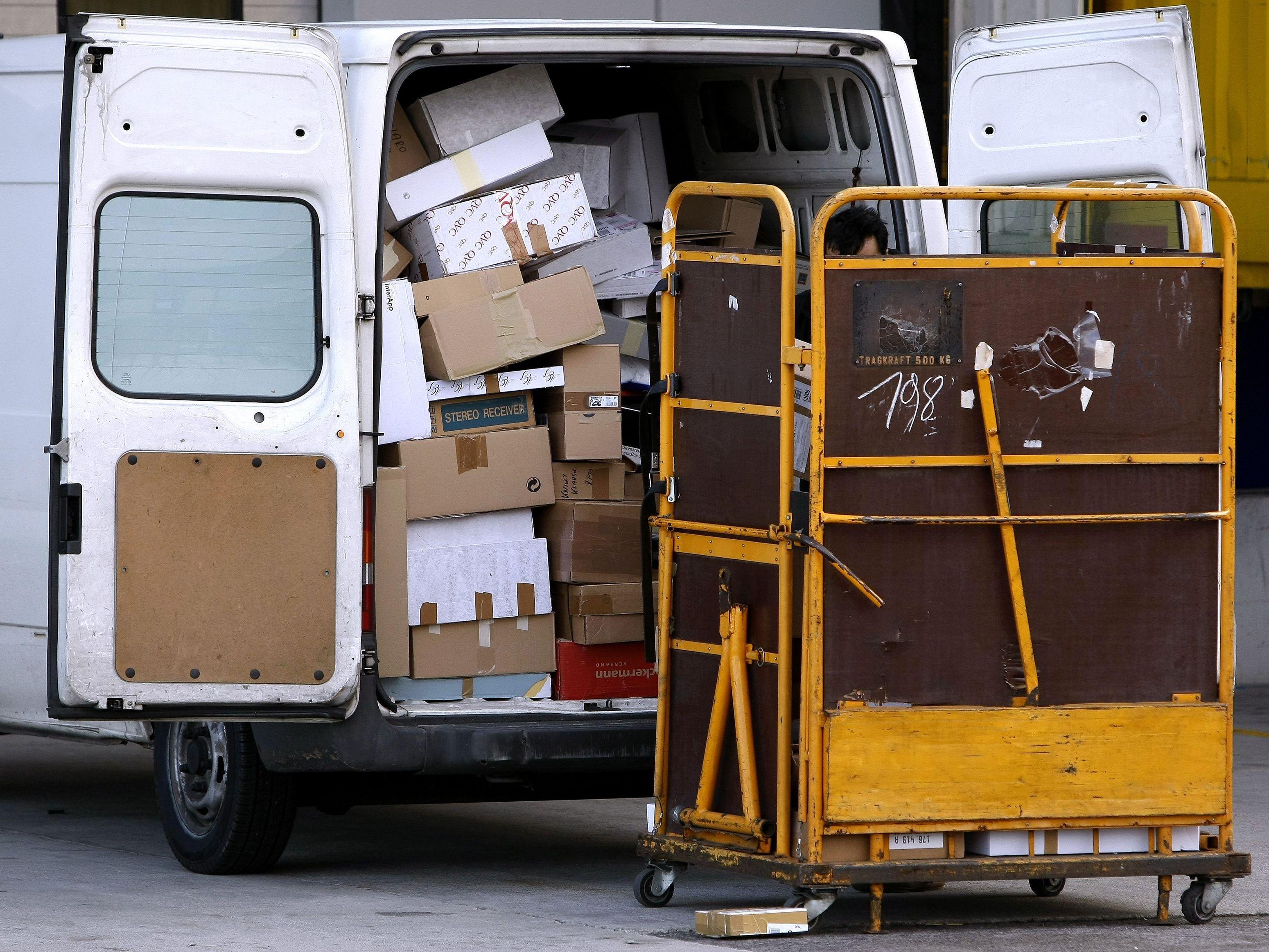 Weihnachten bei Post und Co.: Fristen für den Versand und ...