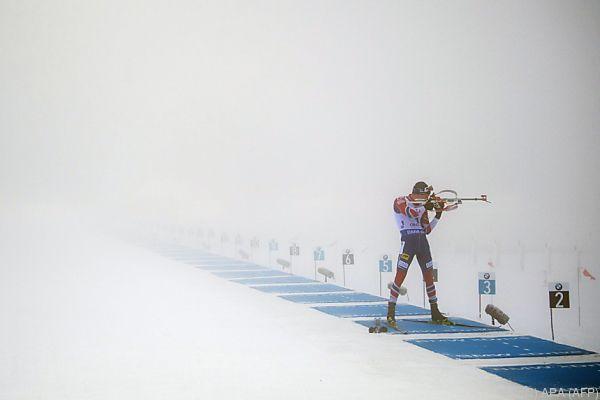 Dichter Nebel erschwerte den Athleten die Sicht