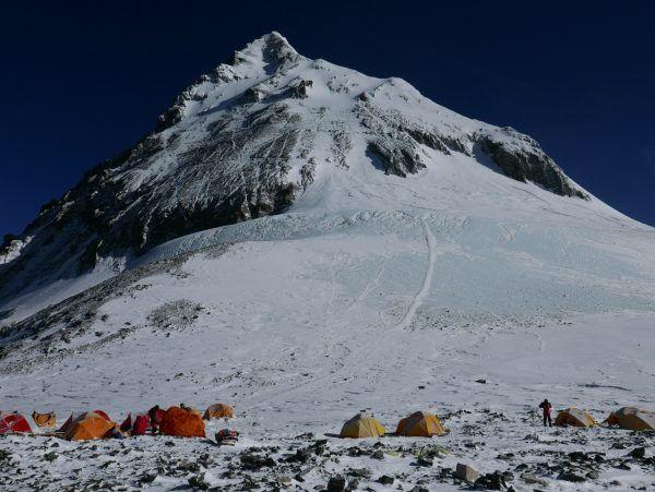 Ein österreichischer Bergsteiger wurde tot gefunden.