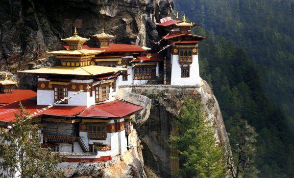 Das Tigernestkloster in Bhutan war nur eines der Highlight auf der Reise des Filmemachers Stefan Erdmann.
