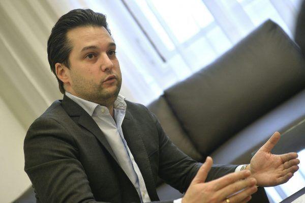 Der Wiener Vizebürgermeister Dominik Nepp ist in einer Linie mit dem schwarz-blauen Regierungsprogramm.