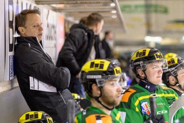 Nach Heimsieg: EHC bleibt im Play-off-Rennen