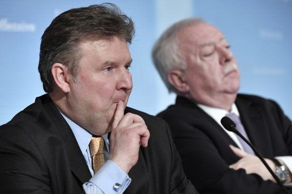 Wohnbaustadtrat Ludwig (vorne) wird als potentieller Nachfolger des Wiener Bürgermeisters Häupl gehandelt.