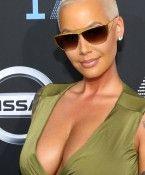 Amber Rose lässt sich Brüste verkleinern