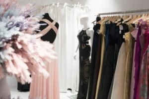 Glamouröser Ballroben Pop-Up-Sale bei Runway Vienna in Wien-Neubau