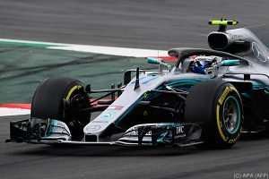 Hamilton in Barcelona vor Bottas auf Pole Position