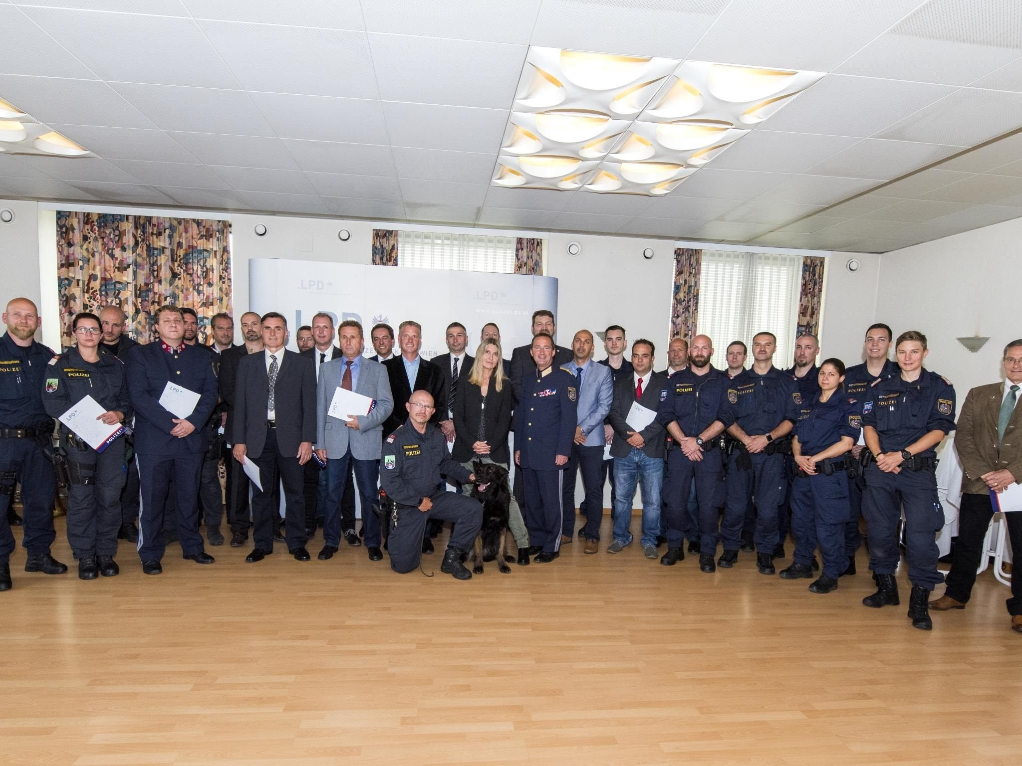Polizei Wien Ehrung Für Mord Klärung Vienna Online