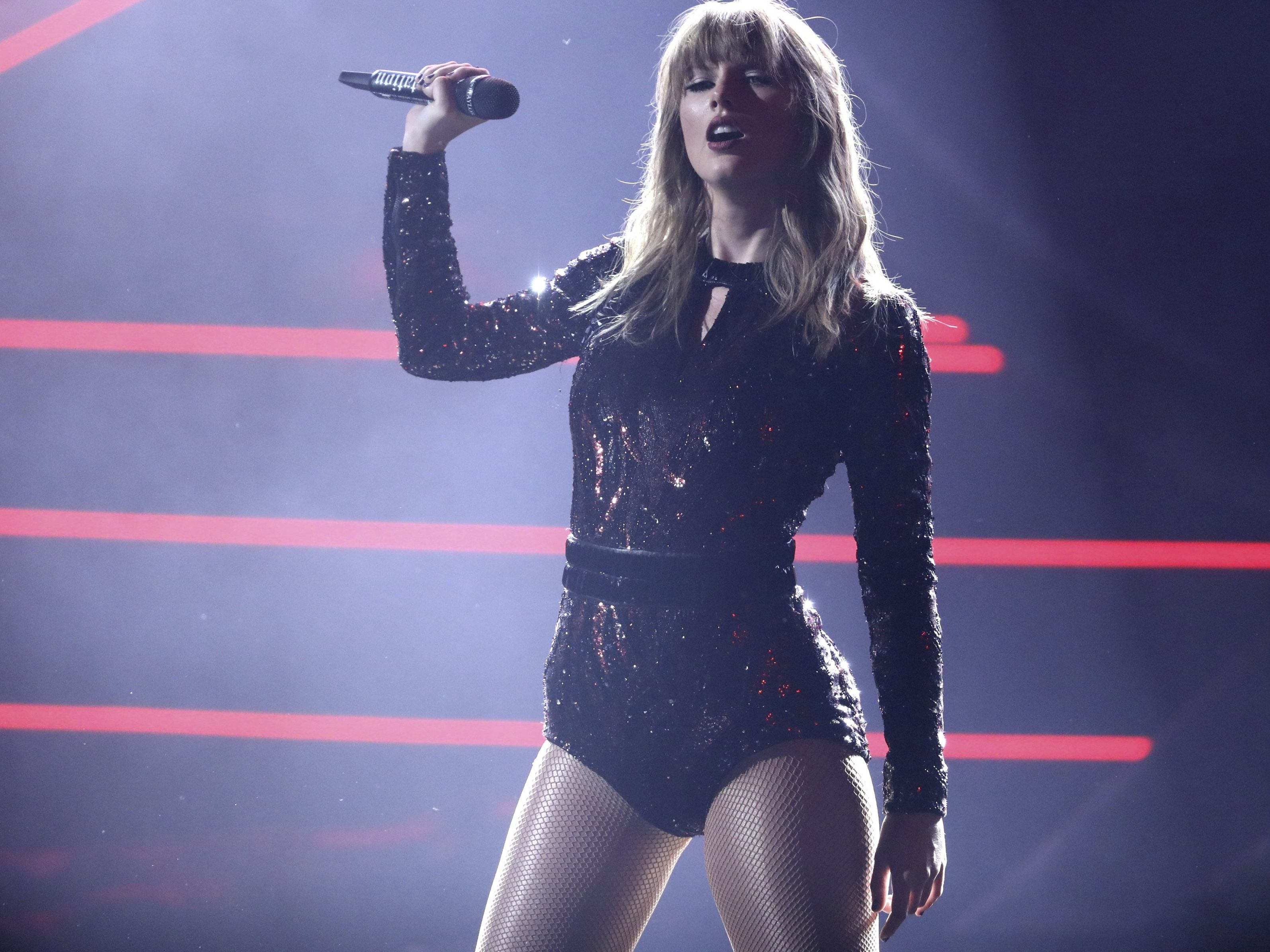 Die Gewinnerin der American Music Awards 2018 war Taylor Swift.