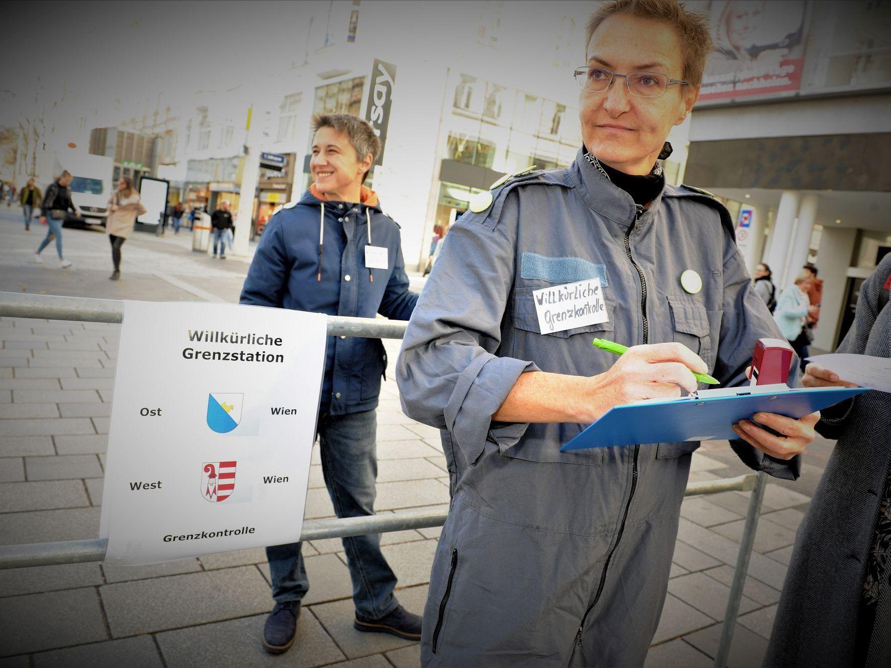 Stadt In Ost Und West Wien Getrennt Aktion Auf Der Mahü