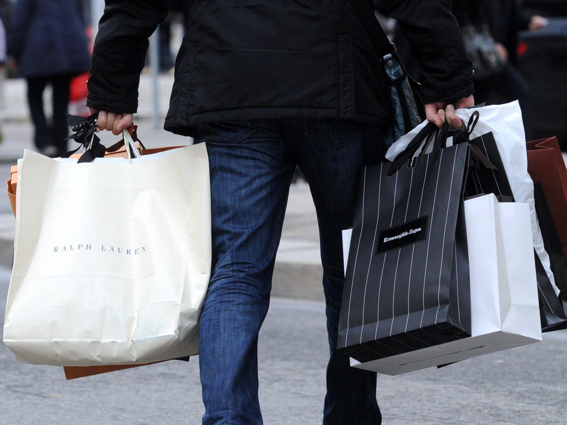 """Weihnachtsausgaben: Österreicher sind heuer die """"Big Spender ..."""
