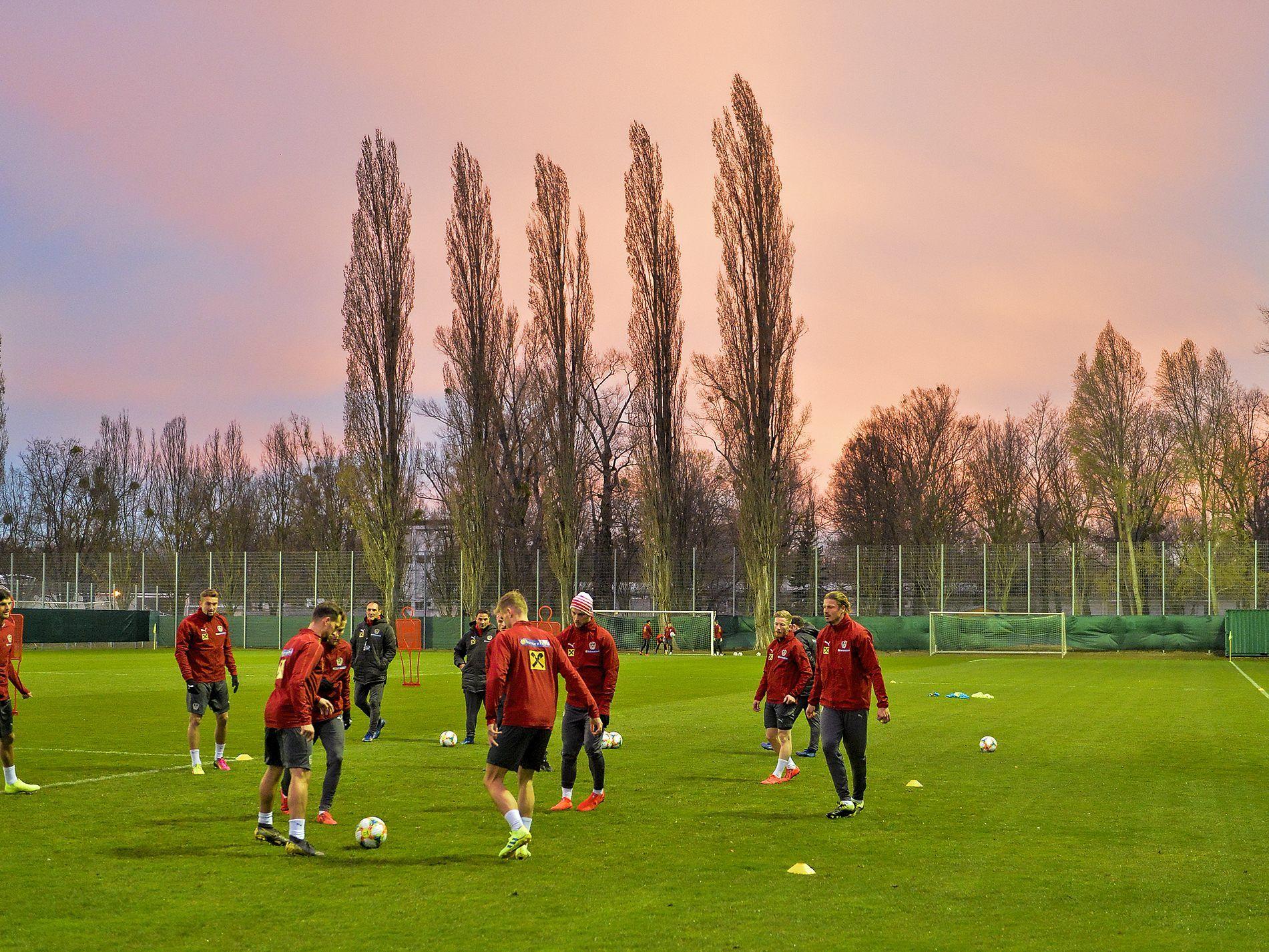 Em Qualifikation Ofb Team In Bewerbspartien Gegen Polen