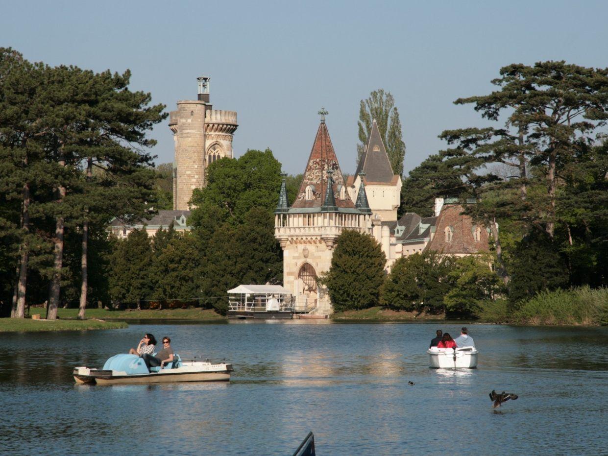 Event Schaufahren fr Schiffsmodelle - Schloss Laxenburg