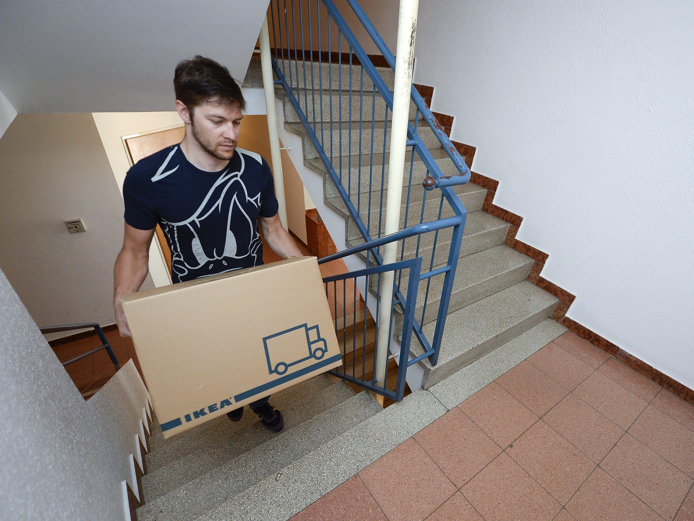 mieten steigen bruttomieten erstmals acht euro pro. Black Bedroom Furniture Sets. Home Design Ideas