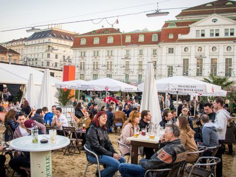 """Sand in the City"" in Wien ist gerettet."