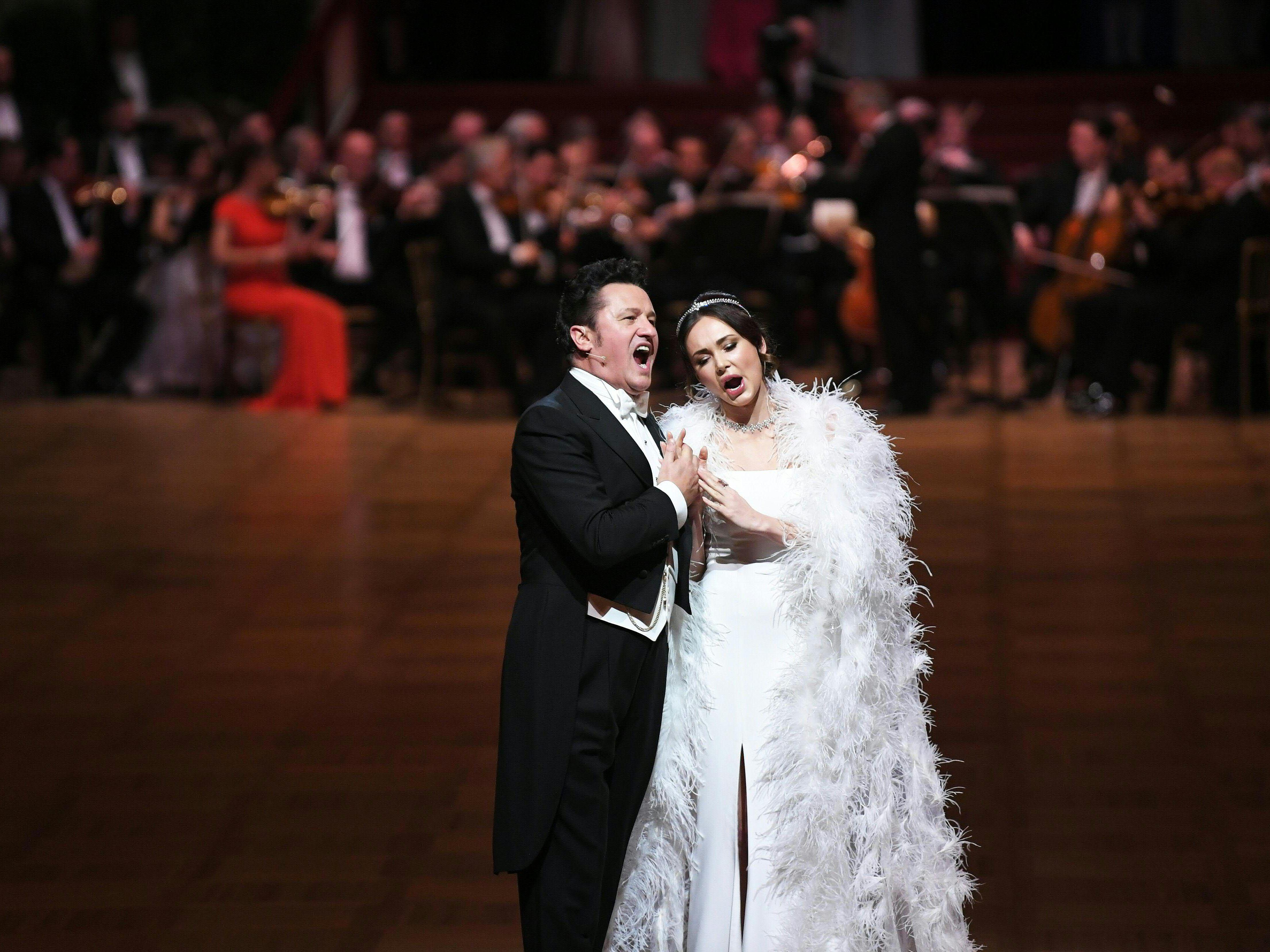 Der Wiener Opernball 2020 stand ganz im Zeichen der Königin der Nacht.