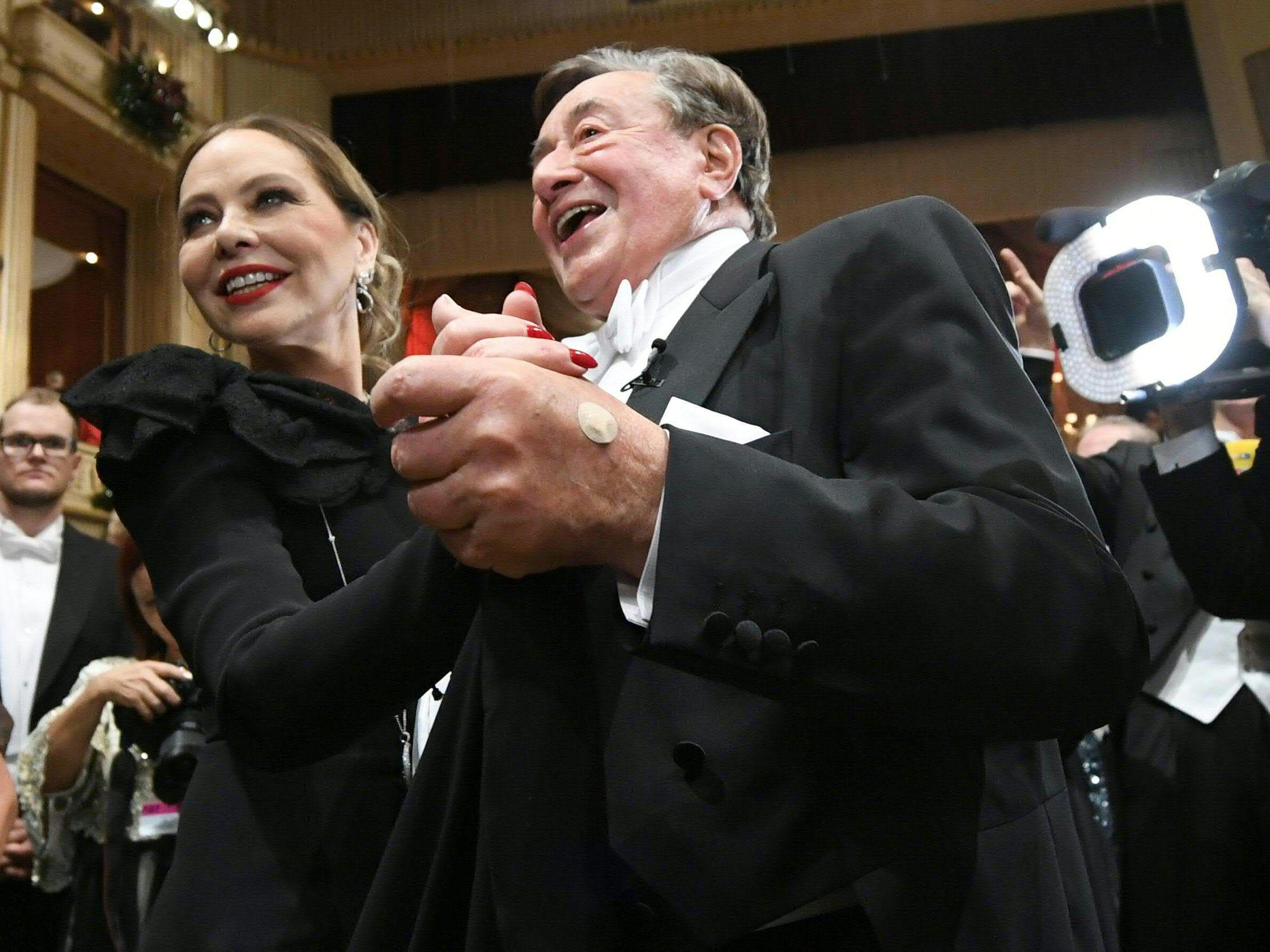 Bogdan Roščić: Keine Opernball-Lady - und auch Lugner-Loge scheint zu wackeln