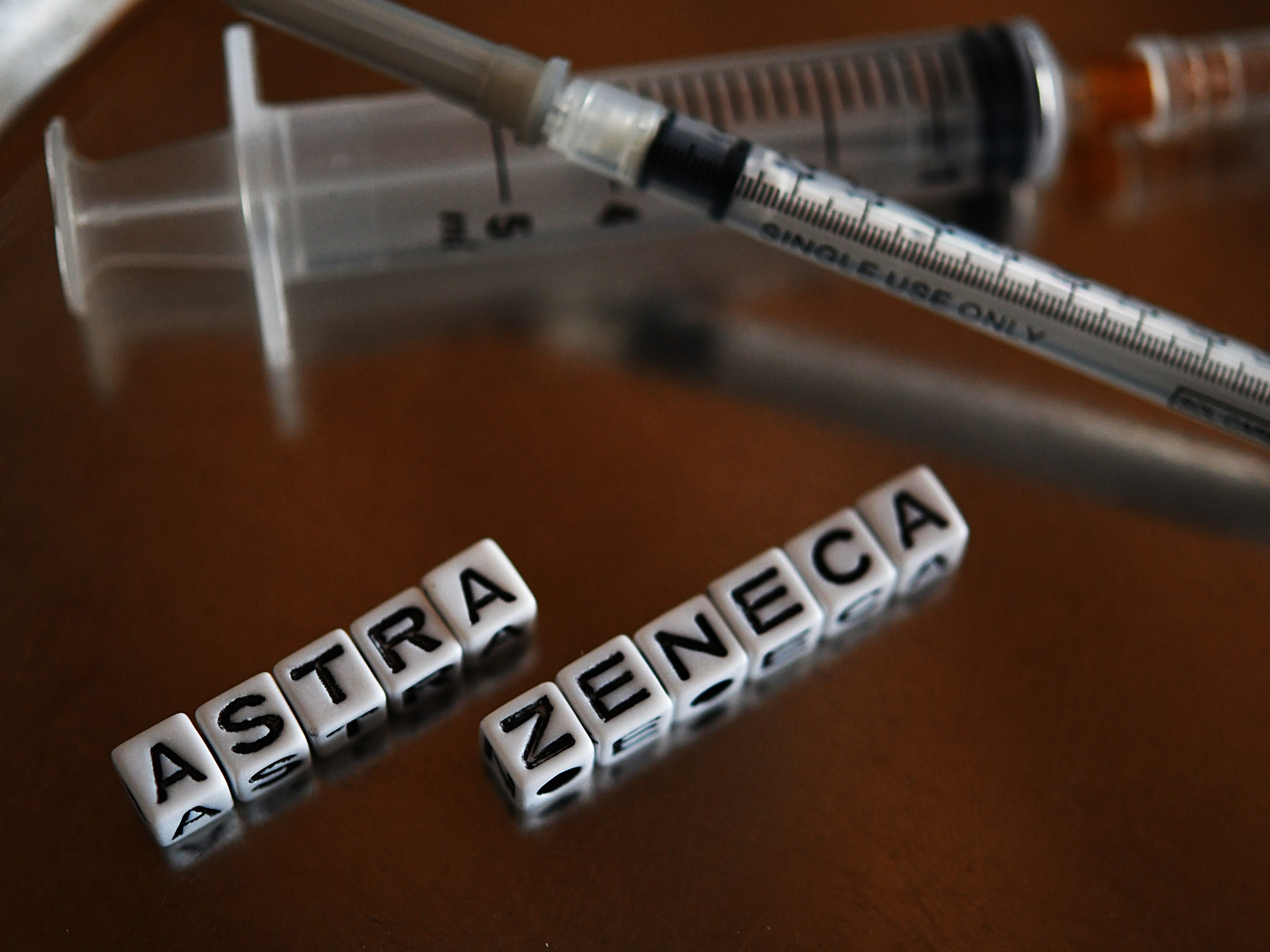 Studie aus Großbritannien: Biontech und Astrazeneca schützen vor indischer Virus-Variante